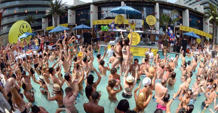 Top 5 Vegas Pool Parties Of 2013 Vegas Pool Season